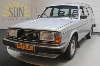 Volvo 245 GL overdrive 1980 CAR IS IN AUCTION